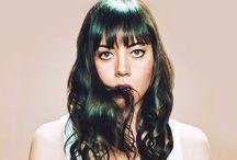 Cool Ladies / by Katelyne Taylor
