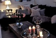Living Rooms / by Ashleigh Creech
