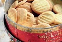 Food : Biscuits, Rusks