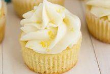 Cupcake Craze / by Nathalie Bermond