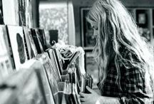 Tunes / by Lynn Rhee