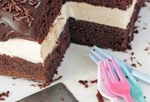 Cakes / by Rhonda Fonnyadt