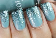 nails & makeup / by Kami Notar