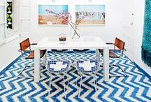 Chevron Wallpaper & Decor / The Chevron design is extremely popular. We love the design and are happy to share a few of our favorites!