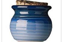 Blue dishes - sinisiä astioita / Blue dishes - sinisiä astioita ja astiastoja