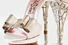 Complètement perchée ! / Modèles de #chaussures à #talons et #stiletos...