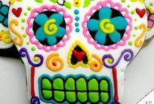Dia De Los Muertos / by Yolanda {sassymamainla.com}