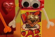 Cute Snack Ideas / by Renee Oakes