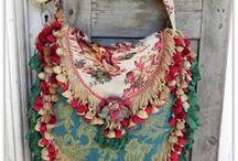 Sew Bags / by Marina Van Rijswijk