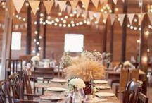 Rustic Barn Weddings / Barn weddings are so beautiful! Get some inspiration for your dream barn wedding!