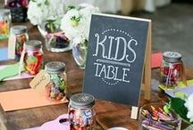 Kids Table / Kids need to have fun too at wedding!
