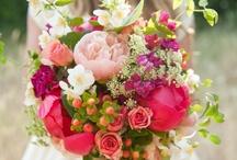 Bloomin' beautiful flowers / Flowers, flower arrangements, bouquets  / by Lottie Smith