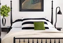 Beautiful Bedroom Ideas / by Linda Hack