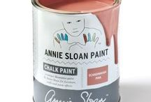 Scandinavian Pink / Inspirational pieces painted in Scandinavian Pink Chalk Paint® with Wall Paint and Coloured Linens.