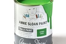 Antibes Green / Inspiration using Chalk Paint® furniture paint by Annie Sloan in Antibes Green. Antibes Green is a bright neoclassical green from the Chalk Paint® palette. The colour is also found on rustic country furniture from Ireland and the south of France – a look which is beautifully achieved with Dark Chalk Paint® Wax.