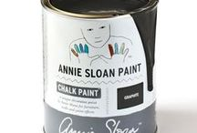 Graphite / Inspiration using Chalk Paint® furniture paint by Annie Sloan in Graphite. Graphite is a soft black in the Chalk Paint® palette, inspired by Lamp Black, a traditional pigment. It works for many interiors from neoclassical to modern. When waxed, it becomes a beautiful black like dark slate.