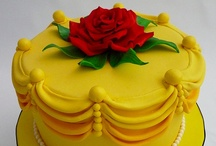 Foodie: Decorating Ideas (Birthday) / Decorating ideas for birthday cakes and cupcakes. / by Naomi