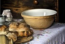 Farm house decor / country style decorating. All things comfy & cozy for the farm house