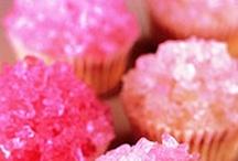 cupcakes / by Alison Sagara