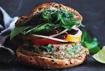 Burgers + Sammies / by Kaitlyn Eve Cook
