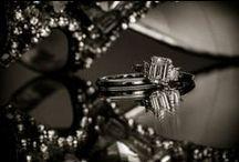 Wedding Rings / Wedding rings by Hawaii Wedding Photographer Jeannemariep