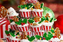 Cakes & Cupcakes / by Kylena Branan