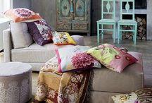 Diseño de Interiores / by Galia Gonzalez