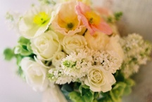 Floral Details / Beautiful bouquets sure to have a ceremony gasping in jealousy.