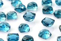 BIRTHSTONE NOVEMBER: TOPAZ