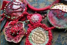 Textile jewelry / by Neeltje van Bekkum