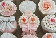 * Pastry Chef & Cake Decorator Info * / tips and tricks, how to's, & ideas  / by Jessica Ibarra