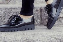 Shoes / by Mélanie Pépin