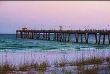 DESTIN. FL & surrounding area / by Scarlett Like