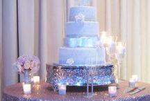 Cake Tables / Lovely wedding cakes, table decor, and floral placement ideas!