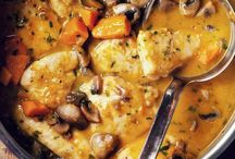 Food: Stews, Chiles, Casseroles / by Amber Gin