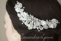 My favorite wedding hair accessories / My favorite items from my shop.