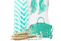options - outfits / by Sarah Azzopardi