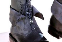 Shoes and Boots / Men's accessories for below the knee