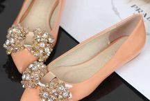 shoes & more shoes / by Ali Rossetti