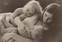 Be loved: Family Intimate Portraits / Images that speak love from the heart, that take you back to the special moment in time.