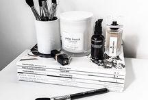 (Makeup)