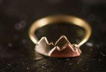 Jewelry / Minimalist jewelry and DIY jewelry. / by Kari Bristow