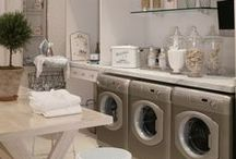 Laundry Rooms & Closets