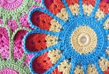 Crochet it! / by Lu Savoy