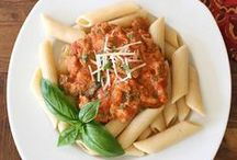 FOOD: Pasta Recipes / Easy pasta dishes and recipes such as homemade pasta, one pot dishes, pasta sauce, baked pastas, lasgana, mac and cheese, and other pasta dishes perfect for dinner. / by Lisa Huff @ Snappy Gourmet