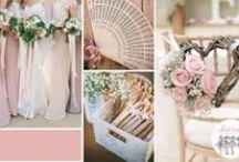 Éventails / mariage / cadeaux / L'éventail personnalisé est le cadeau d'invité idéal, surtout l'été.