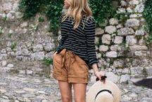Summer / Dresses & tee-shirts.