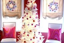 Christmas Colors / festive and colorful ways to decorate for the holidays
