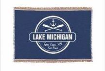 lakeside and lodge living home decor / Home decor and ideas for the lake, camp, cabins, and ski lodge.  #lakedecor #cabindecor