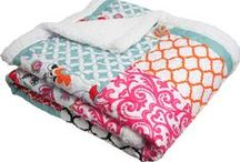 Quilts / Colorful, fun quilts. #colorfulquilt